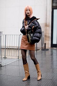 Пола с пуловер - 15 street style идеи