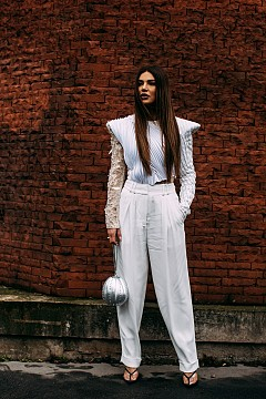 Най-страхотните образци в бяло от модната градска среда