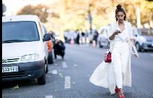 Street style в бяло? Пролетният гардероб е различен!