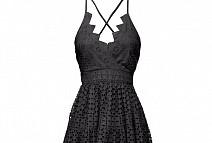 Предложения и комбинации с черна рокля