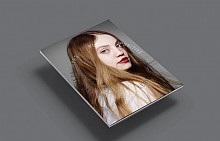 Кирицата на книгата Portrait Possitive