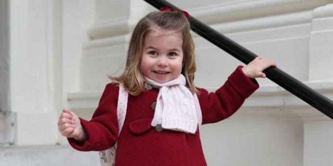 Принцеса Шарлот влиза в британската история след раждането на брат си