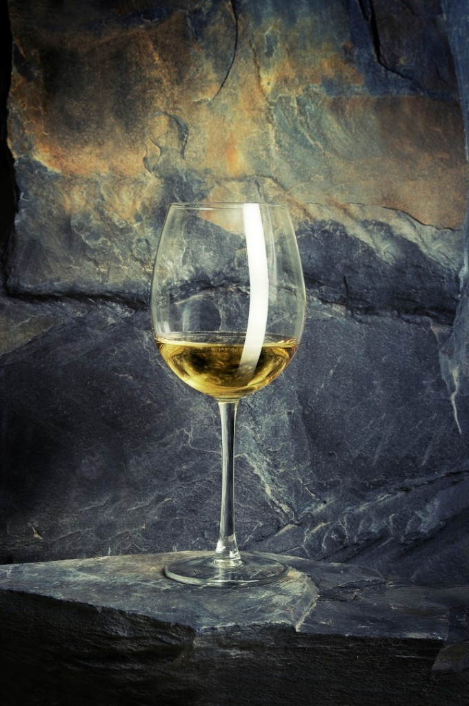 РИЗЛИНГ + РОКФОР Немското вино с бледо жълт цвят и фин...