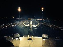На сцената на музикалния фестивал Бравала на 27 юли