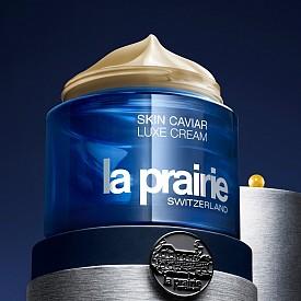Шедьовърът на LA PRAIRIE, Skin Caviar Luxe Cream, вече е с усъвършенствана формула – Skin Caviar Luxe Cream Remastered with Caviar Premier с подсилен екстракт от хайвер с миметични хайверени компоненти за още по-мощен лифтинг ефект. Предлага се в две текстури – по-плътна и по-лека.