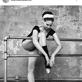 @balletbeautiful /  БАЛЕТЪТ КАТО СПОРТ /  Мери Хелън Бауърс демонстрира, че и балетът е вид тренировка – елегантна, успокояваща и все пак изтощителна.