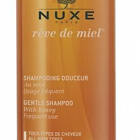 Шампоан Reve de Miel на  NUXE, 22,40 лв - Благодарение на нежното действие на меда, шампоанът възстановява косата, действайки на вътрешността на косъма, а деликатната почистваща база е подходяща за всеки тип коса, без да дразни очите.