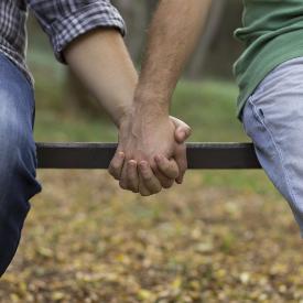На какво ни учи любовта между гейовете?