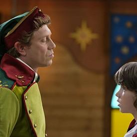 Работливко (Калин Врачански) е главното джудже на Дядо Коледа. Той е строг, справедлив, но и смешен, много смешен!