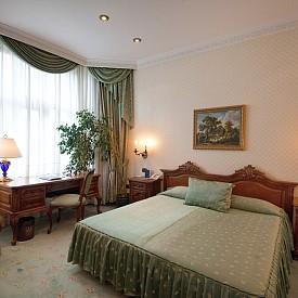 Спалня в двойна стая делукс