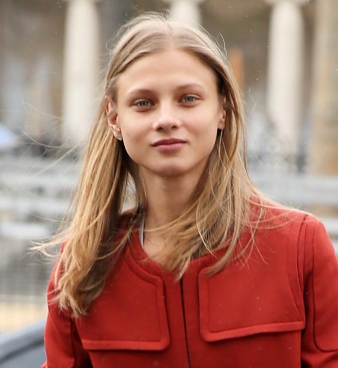 Анна Селезньова