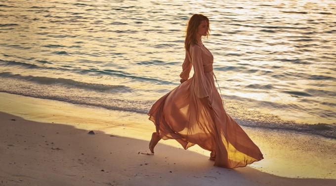 Модните предложения на супермодела Алесандра Амброзио за сезона