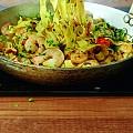 Талиатели със скариди, чили, лимонова кора и магданоз