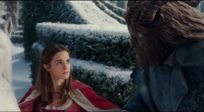 """В очакване на """"Красавицата и Звяра"""" на голям екран, повдигаме завесата"""