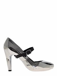 Обувки от totallyerectedstore.com