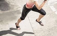 Спортната обувка за жени на adidas UltraBOOST X