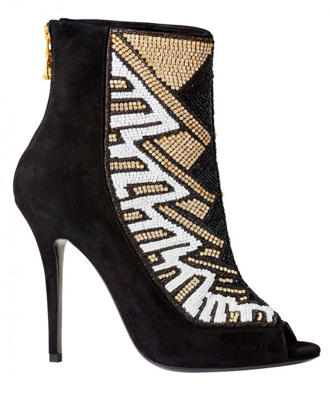 Велурени обувки Balmain x H&M, 449 лв.
