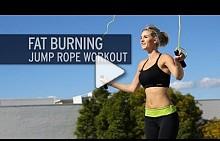 Изгорете калории със скачане на въже