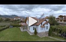 Еднофамилна къща в полите на Пирин