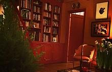 Коледната нощ в дома на дизайнера Зак Позен в Ню Йорк.